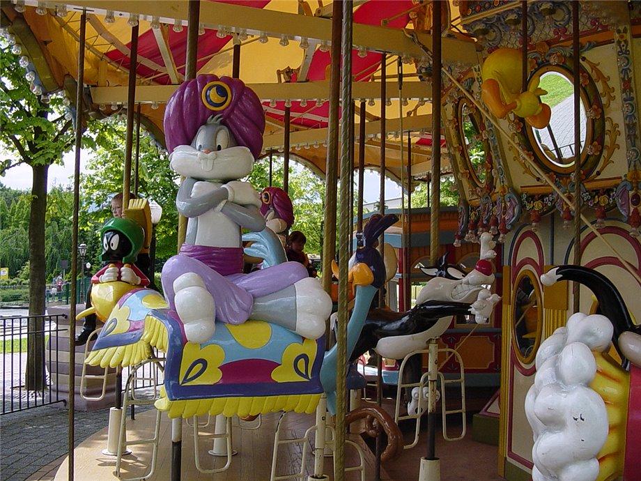 Looney Tunes Carousel